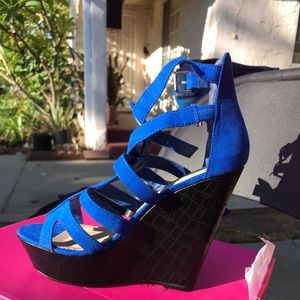 Shoe Dazzle Shoes - Wedge Heels